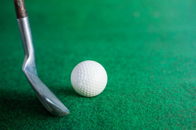 golf-on-the-lawn-PY8Y49E-scaled.jpg